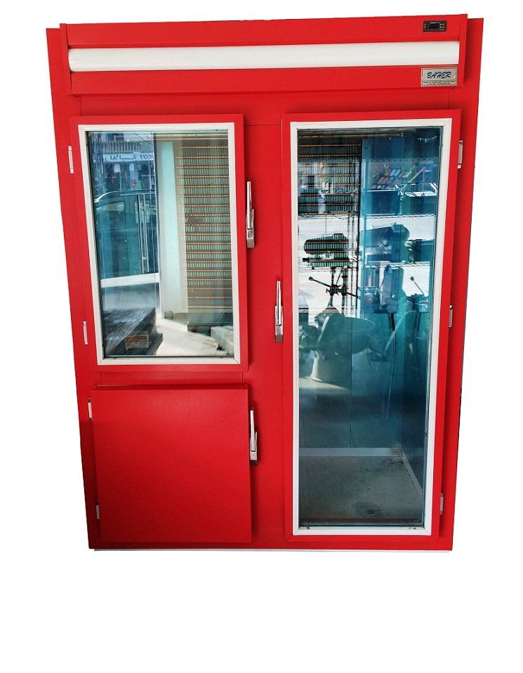Upright meat refrigerator